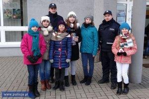 policjanci dbają o bezpieczeństwo podczas WOŚP