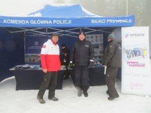 Stoisko profilaktyczne Biura Prewencji KGP podczas inauguracji akcji